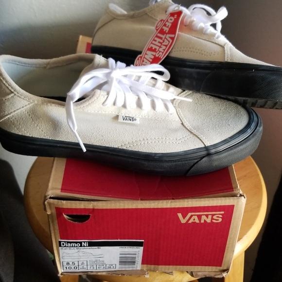 Vans Shoes   Diamo Ni Men 85 Women 10
